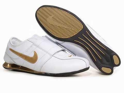 nike shox dore noir,Baskets Nike Shox Homme 2012 14468